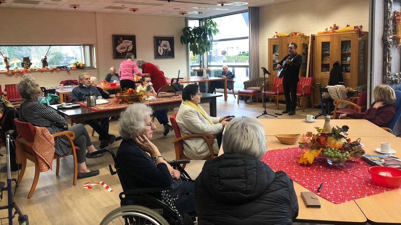 Grenswerk biedt ouderen een muzikaal verzetje