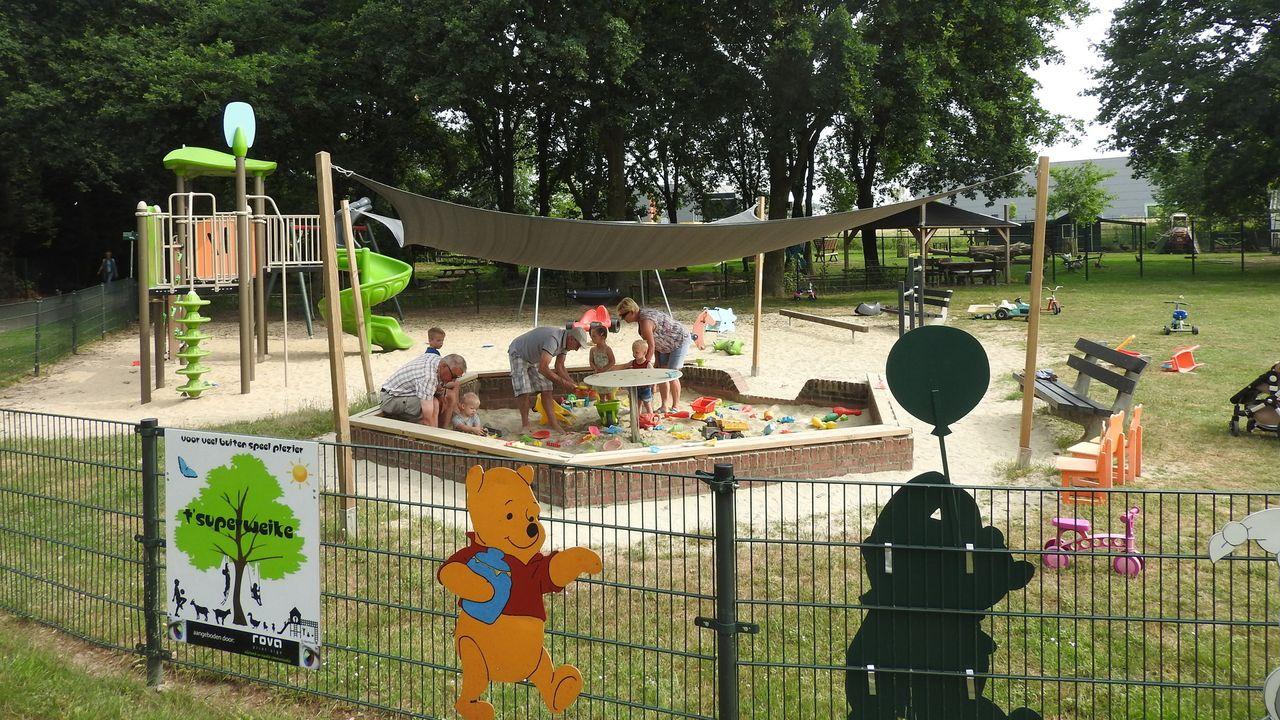 Rolstoeltrampoline voor 't Superweike in Belfeld