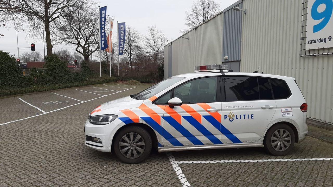 Politie lost waarschuwingsschot na dreiging met vuurwapen