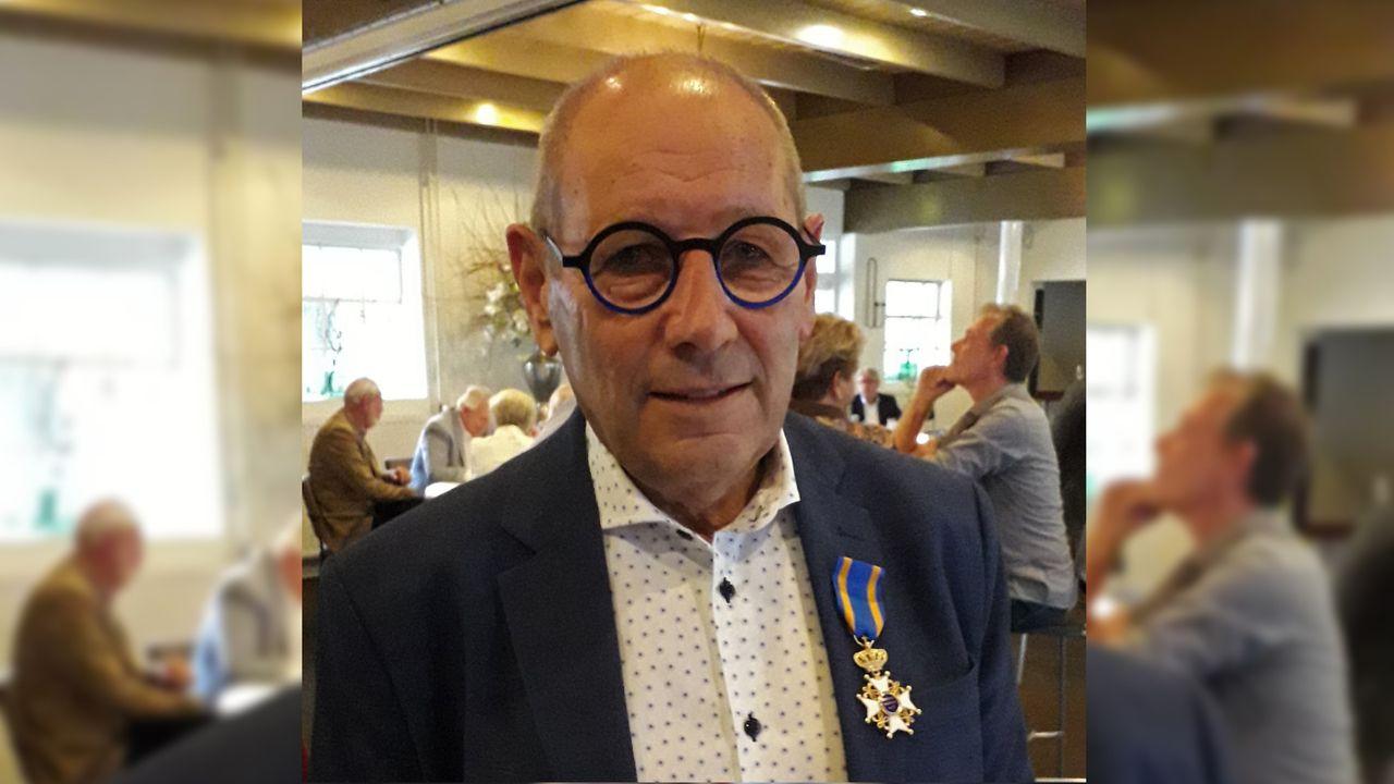 Jan Deckers uit Belfeld geridderd bij jubileum bedrijf