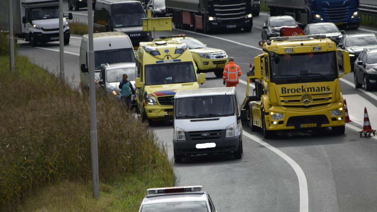 Bestuurder gewond bij ongeval A73