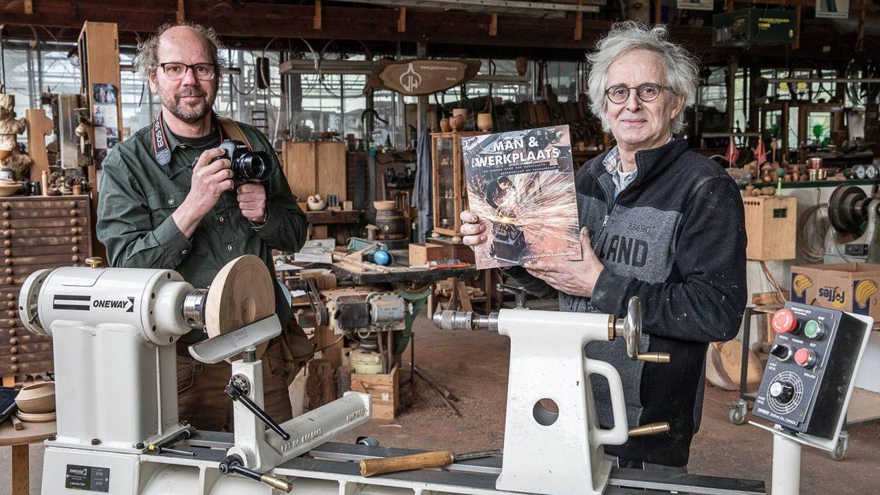 Houtdraaier Jan Hovens geportretteerd in boek Man & Werkplaats