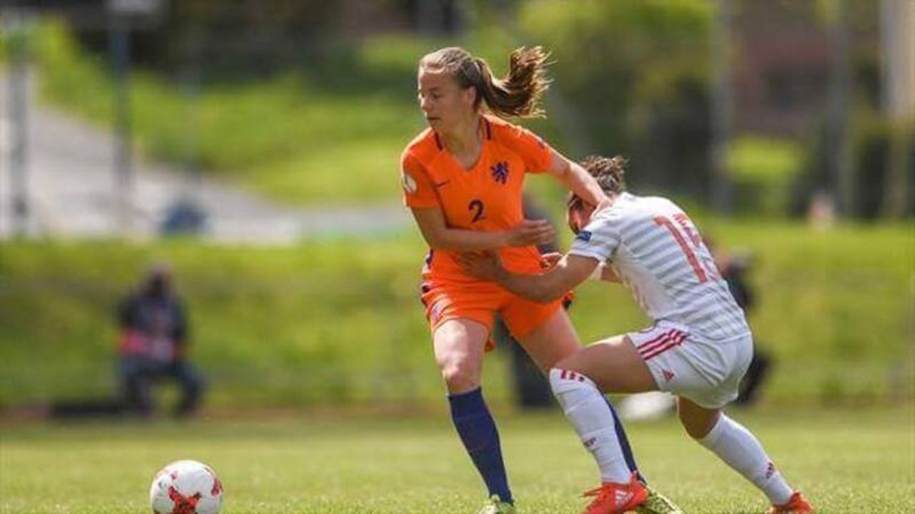 Lynn Wilms wint met Oranje dik van Kosovo