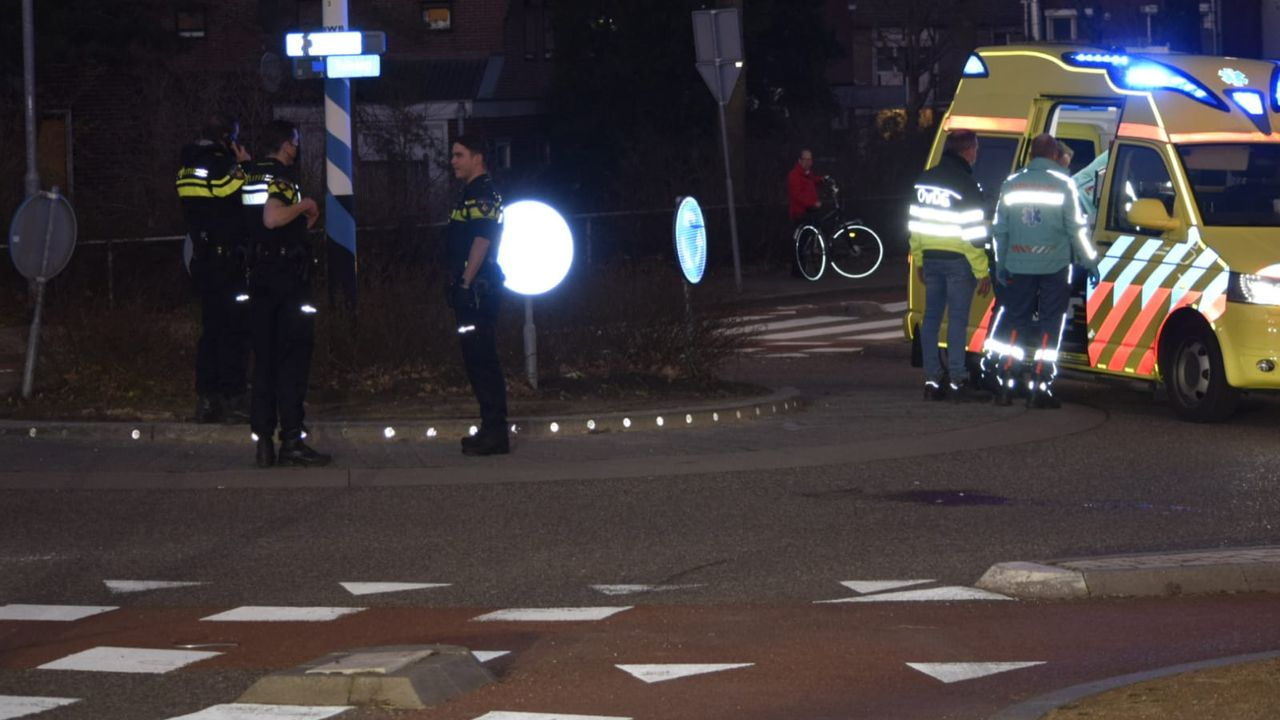 Scooterrijder gewond na botsing met stoeprand