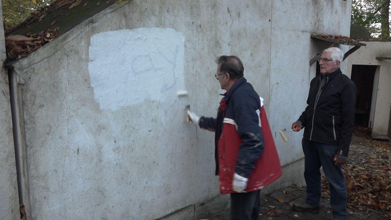 Graffiti in De Doolhof verdwijnt weer onder laag verf