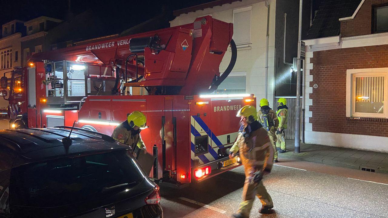 Brandweer opgeroepen voor schouwbrand Straelseweg in Venlo