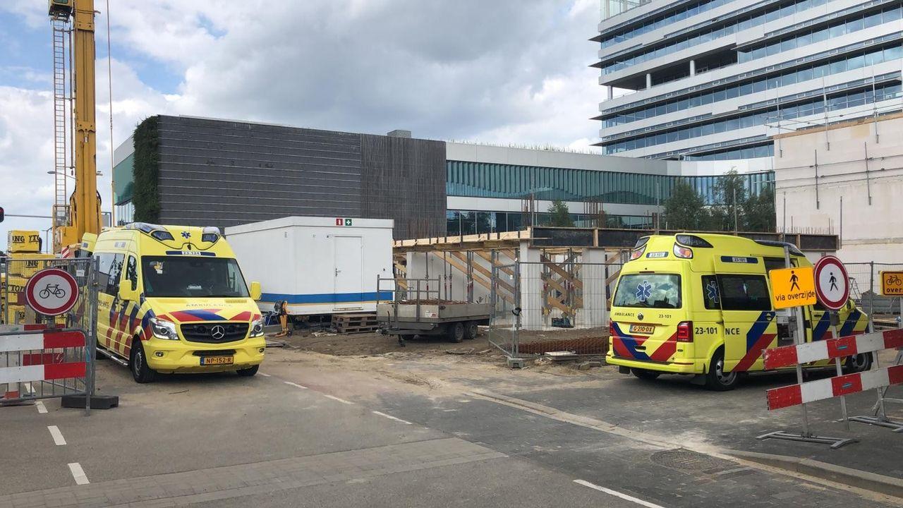 Gewonde bij ongeval op bouwplaats bij stadskantoor