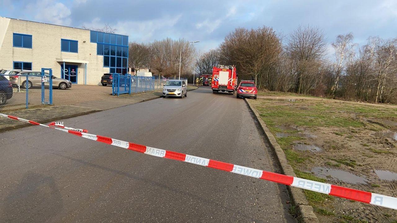 Brandweer naar bedrijf Blerick na ongeval gevaarlijke stoffen