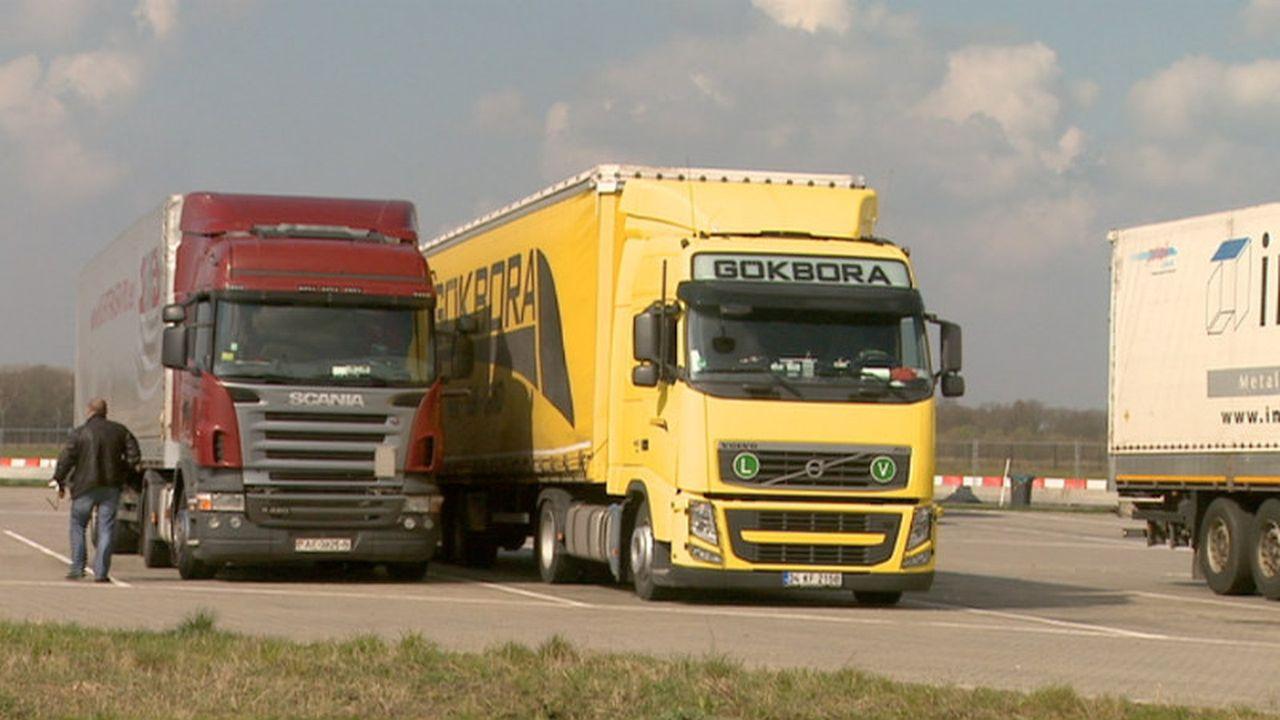 Venlo: structureel handhaven op foutgeparkeerde vrachtwagens