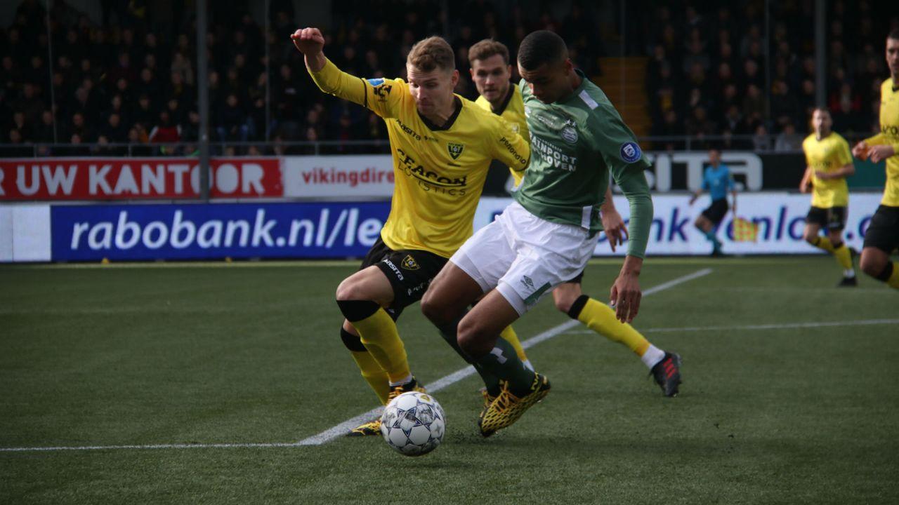 VVV laat zege tegen PSV uit handen glippen