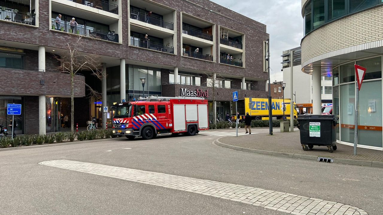 Straten Maasboulevard afgezet vanwege gaslucht