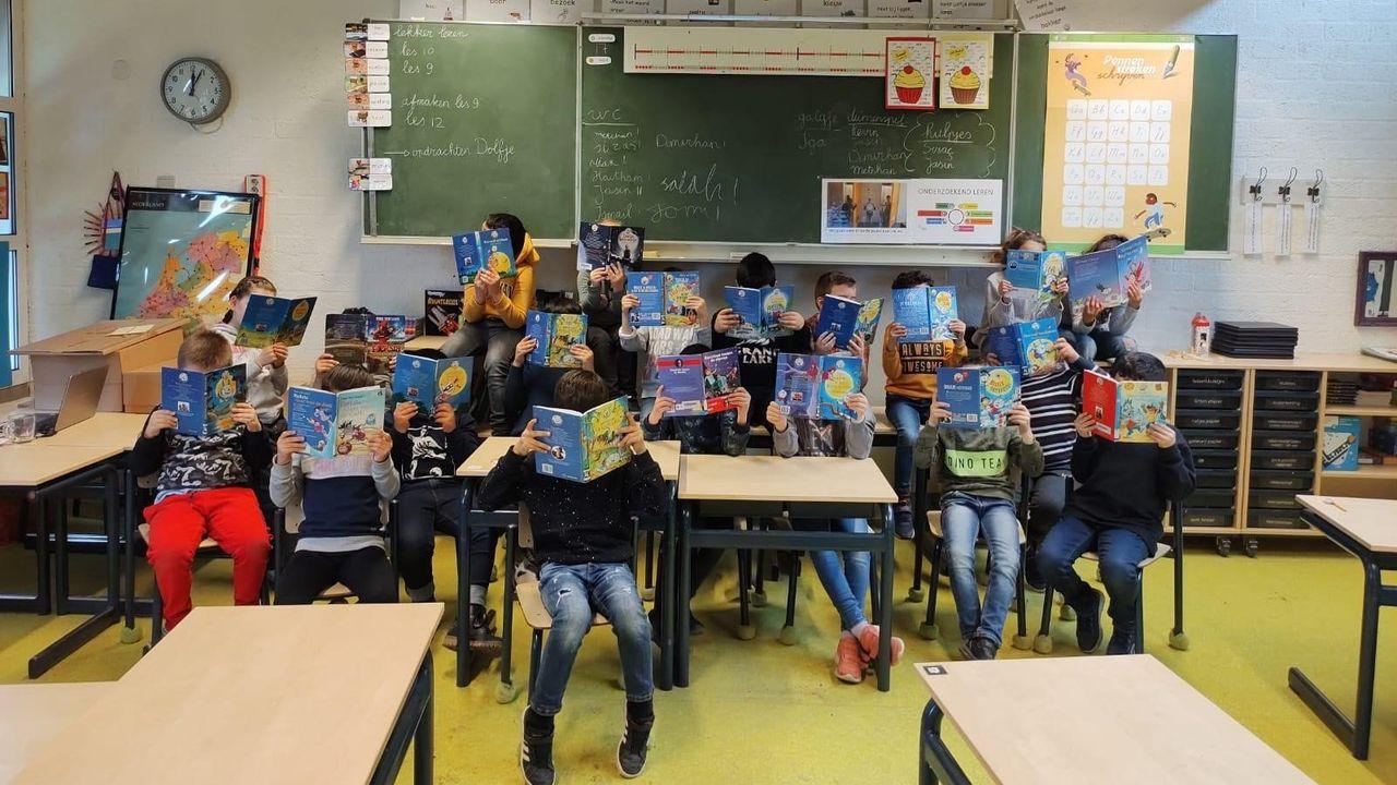 Drie basisscholen krijgen virtueel bezoek van Paul van Loon